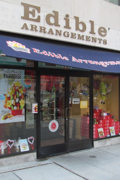 Fruit Basket Companies and Stores Like Edible Arrangements
