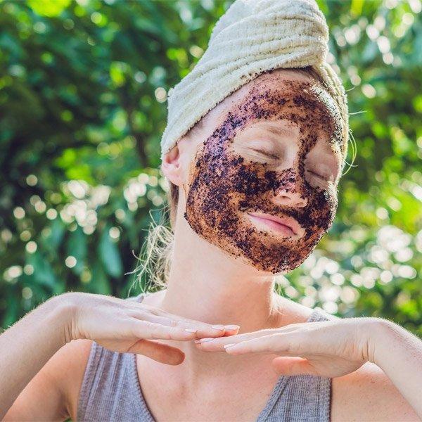 Exfoliate to Remove Dead Skin Cells